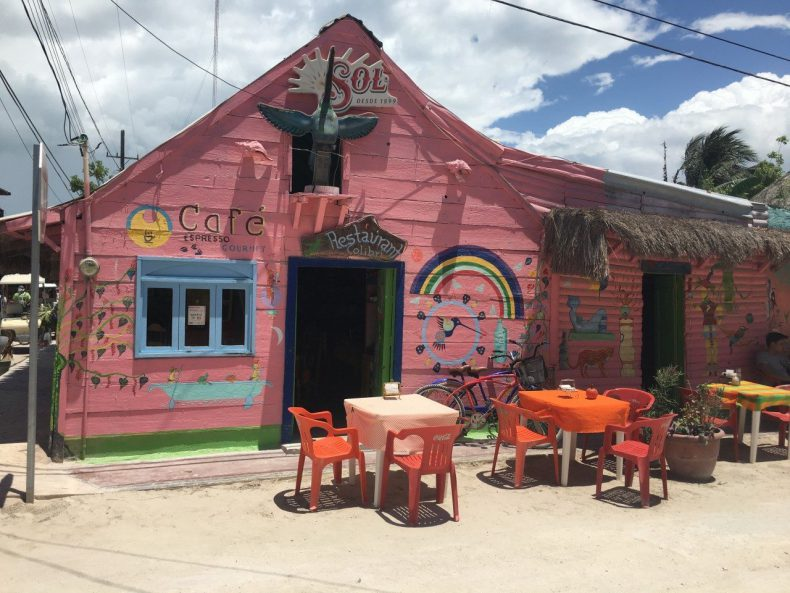 isla holbox restaurant