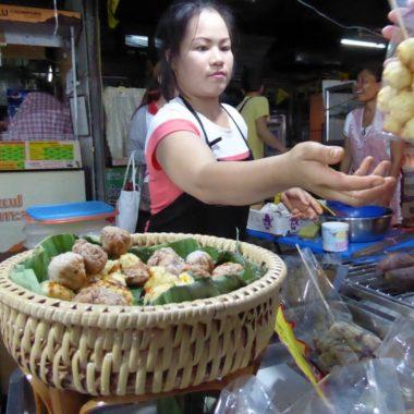 Wat te doen in Bangkok? De leukste foodtours en markten in Bangkok