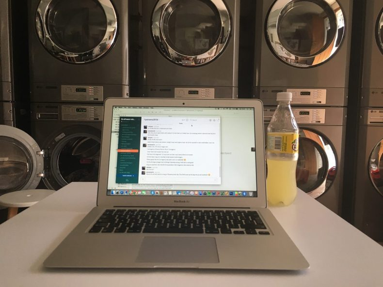 Beer-and-laundry-cartagena