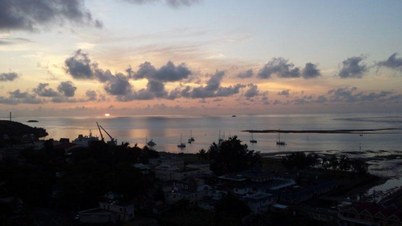 Rodrigues-zeilen-zonsondergang