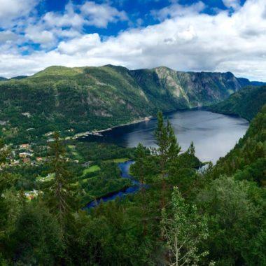 Het wandelwalhalla Zuid-Noorwegen: Lårdalstigen en Hardangervidda