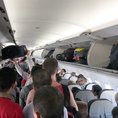 De 10 grootste ergernissen in het vliegtuig