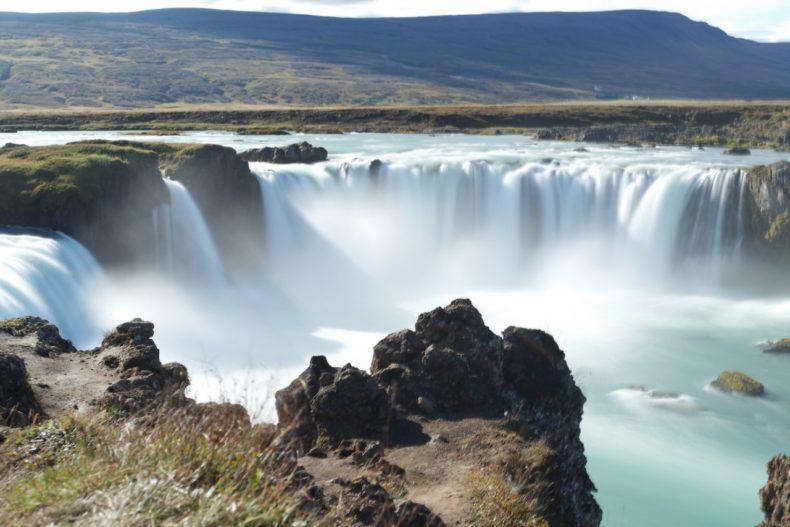 ijsland-godafoss-watervallen