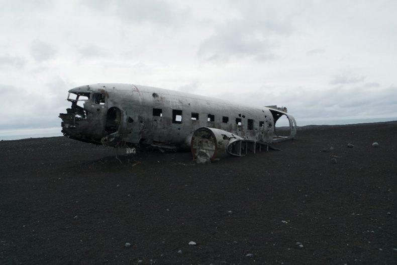ijsland-vik-wrak