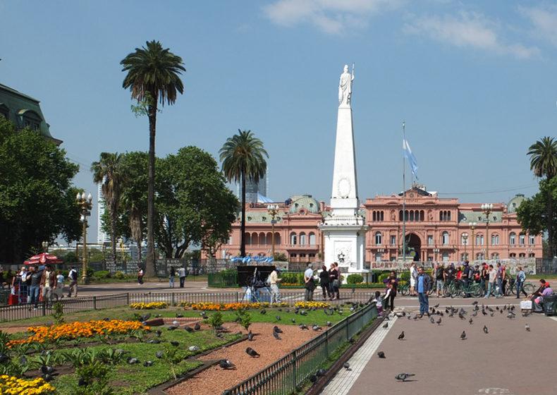 Argentinie_Buenos_Aires_Plaza_de_Mayojpg