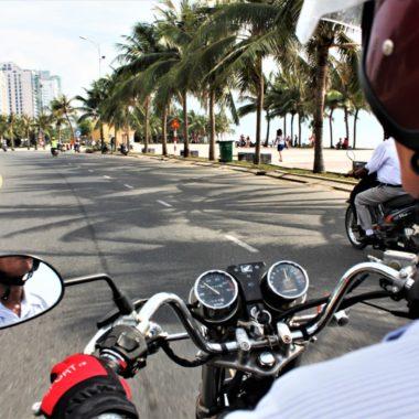 Easyrider Vietnam: ontdek Vietnam achter op de motor van een local