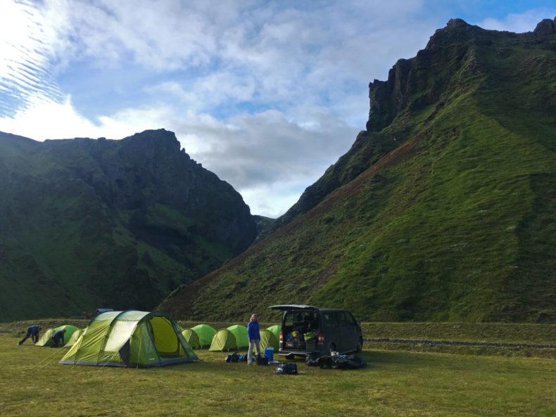 tenten-opzetten-pakgil-ijsland