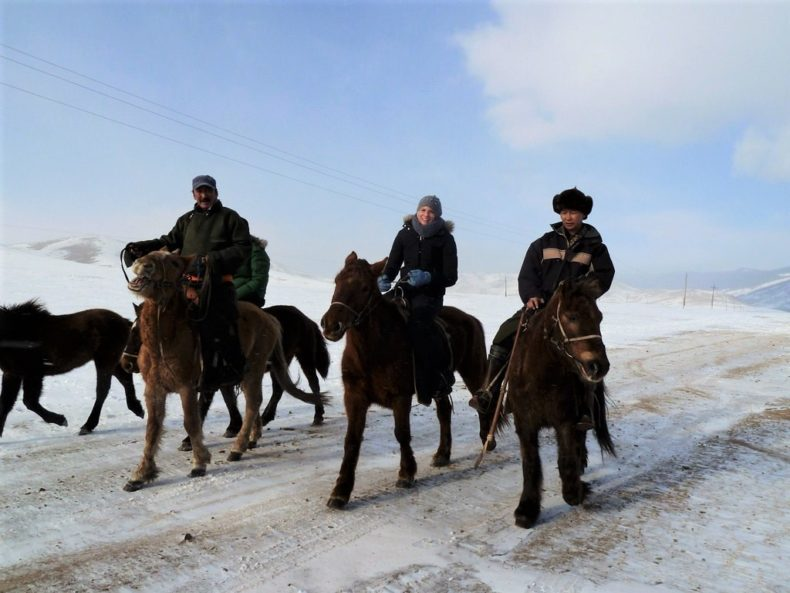 Trans-Siberie-Express-Mongolie-Paardrijden