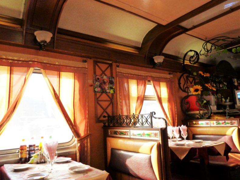 Trans-Siberie-Express-Trein-Restauratie-Wagon
