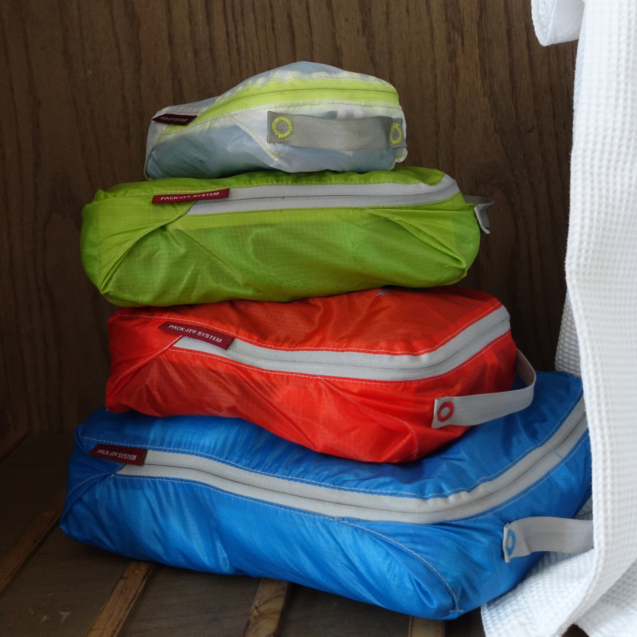Eagle creek packing cubes set