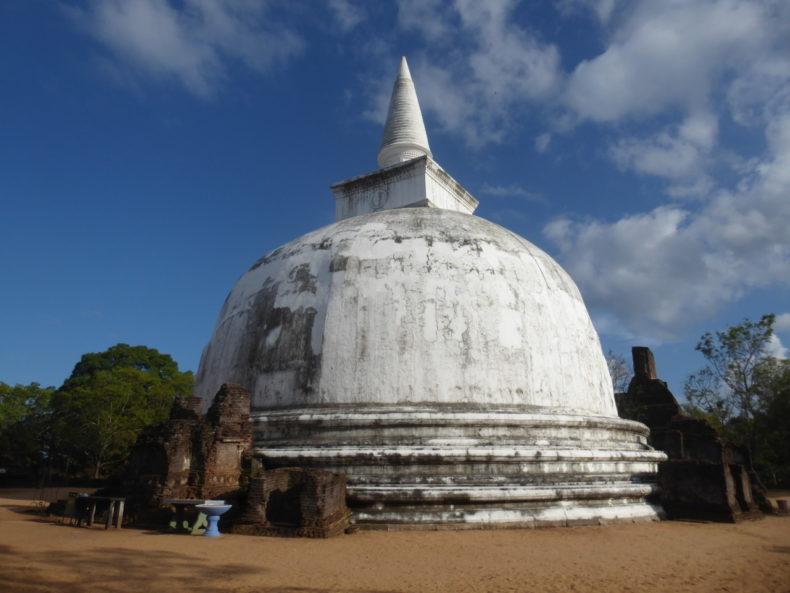 polonnaruwa-sri-lanka