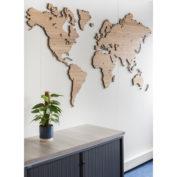 wereldkaart-op-hout