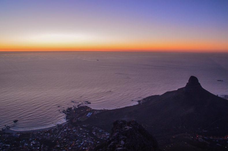 Bezienswaardigheden-zuid-afrika-zonsondergang-tafelberg2