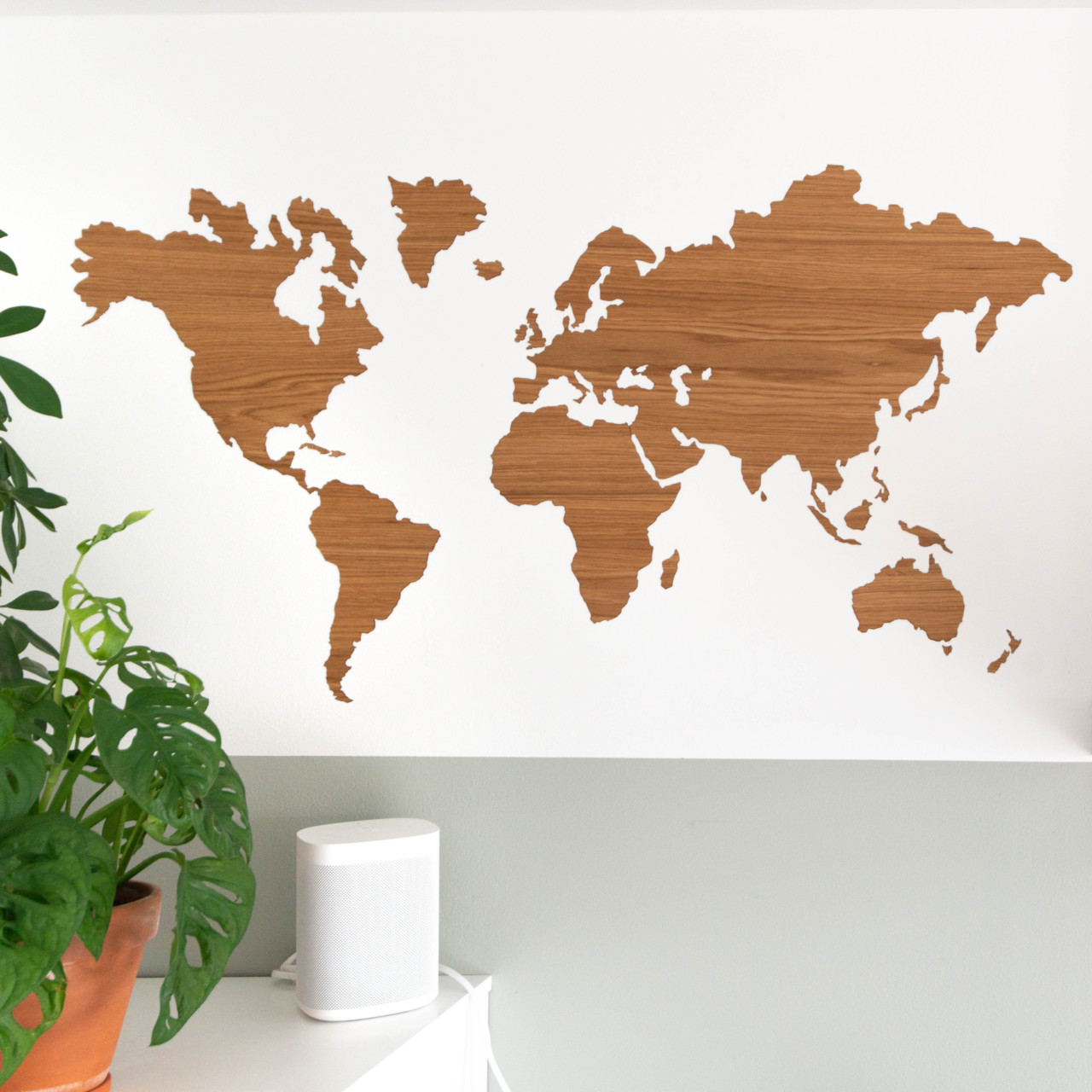 Sticky wooden worldmap