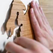 zelfklevende-wooden-worldmap